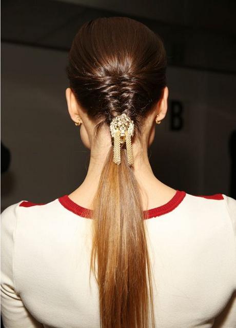 Lange haare flechten