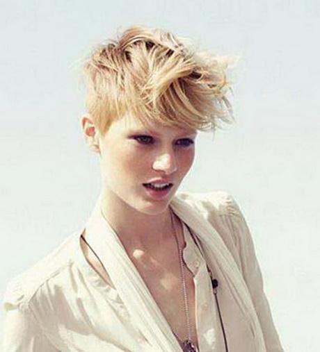 Blonde Kurzhaarfrisuren Mit Undercut