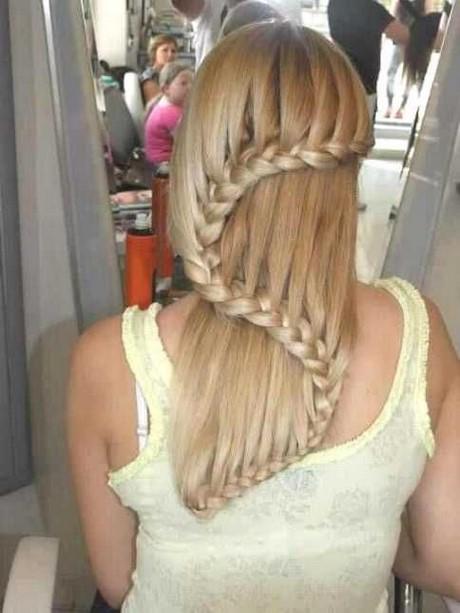 Mittellanges haar flechten