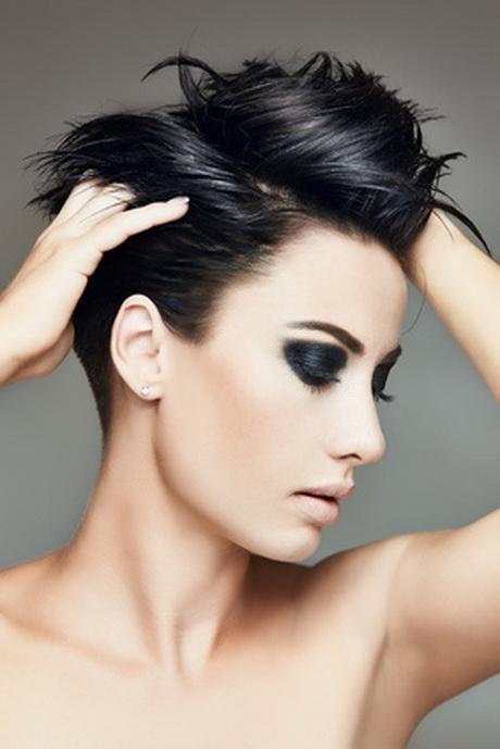 Moderne Frauen Frisuren