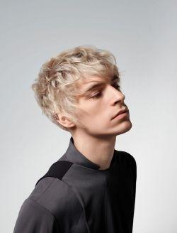 Mnnerfrisuren blond kurz