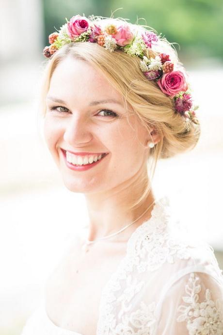 Blumenkranz Haare Hochzeits Und Frisur Ideen Und Innenarchitektur