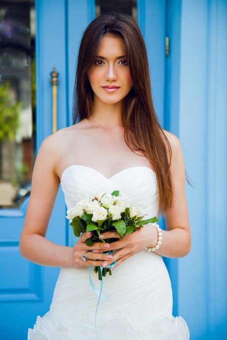 Brautfrisuren glatte lange haare