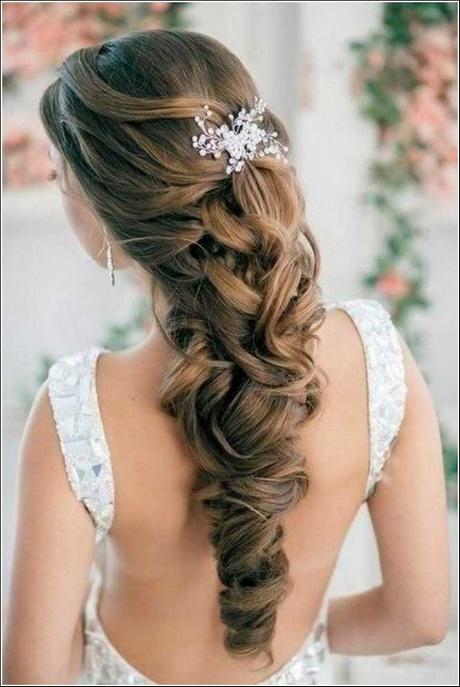 Brautfrisuren lange haare halboffen