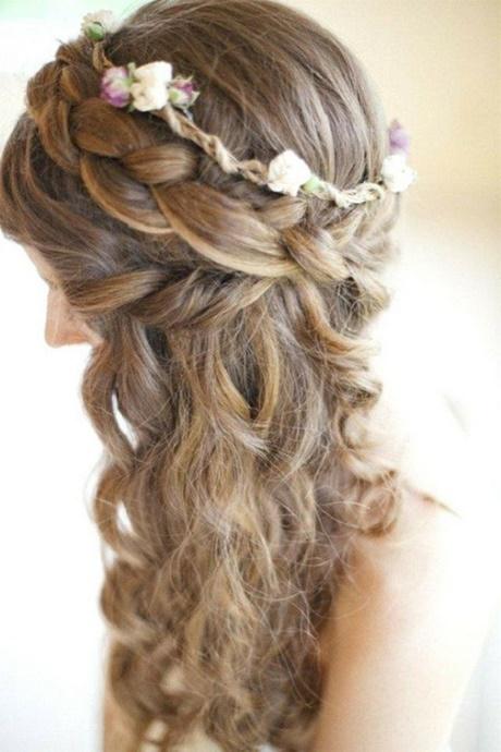 Brautfrisuren lockige haare