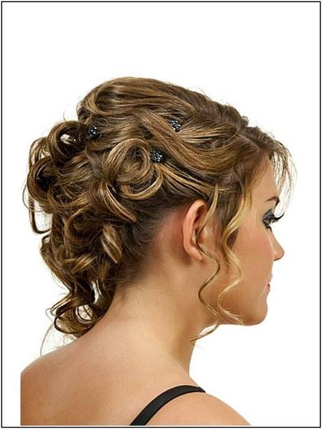 Hochsteckfrisur locken kurze haare