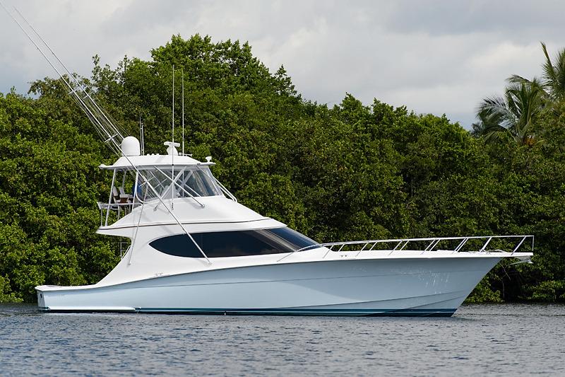 Hatteras 54 GT Evermarine Yachts Panama