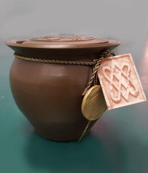 urna-segui-hiru-romana-barro-oscuro