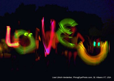 Image: LOVE U in neon lights