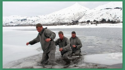 Image: Survival in icy water