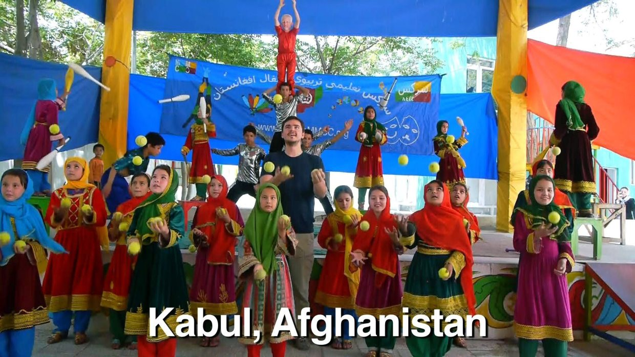 Image: Where the heck is Matt? Dancing with young girls in Kabul Afghanisatan