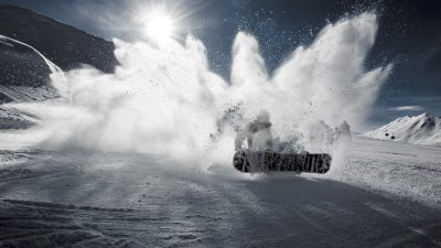 Image: Person snowboarding