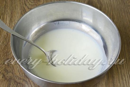 Fritters Tanpa Telur Dalam Susu Sarapan Tradisional Dengan