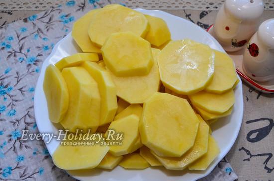 Рецепт бедрышек запеченных с картофелем