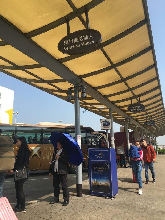 macau casino buses 700x933 - A day trip to Macau from Hong Kong