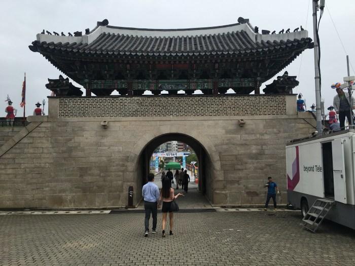 jinjuseong gate 700x525 - A visit to Jinjuseong Fortress in Jinju, South Korea