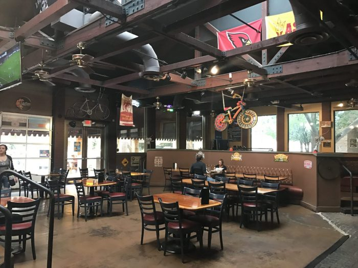 spokes on southern craft beer tempe arizona 700x525 - The best craft beer in Tempe, Arizona
