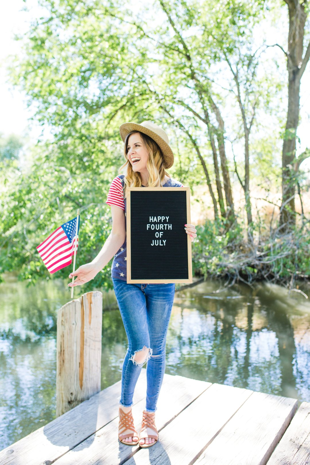 2e5e25b9f465 I absolutely love the feeling, the parades, fireworks, and the patriotic  outfits! Today I am sharing with you 7 different outfit ideas you can wear  for ...