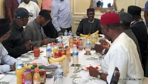Buhari meets APC chieftains in London, return date still unclear
