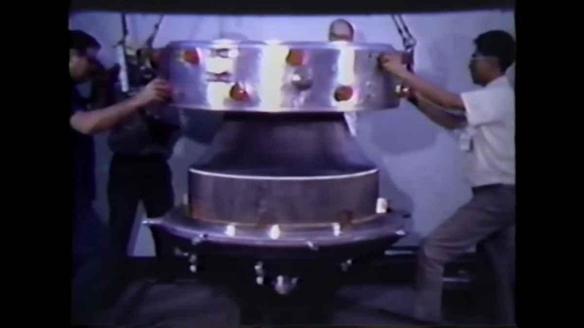 J-2T Toroidal aerospike engine