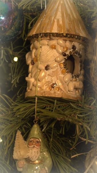 homemade birdhouse ornament...still still still