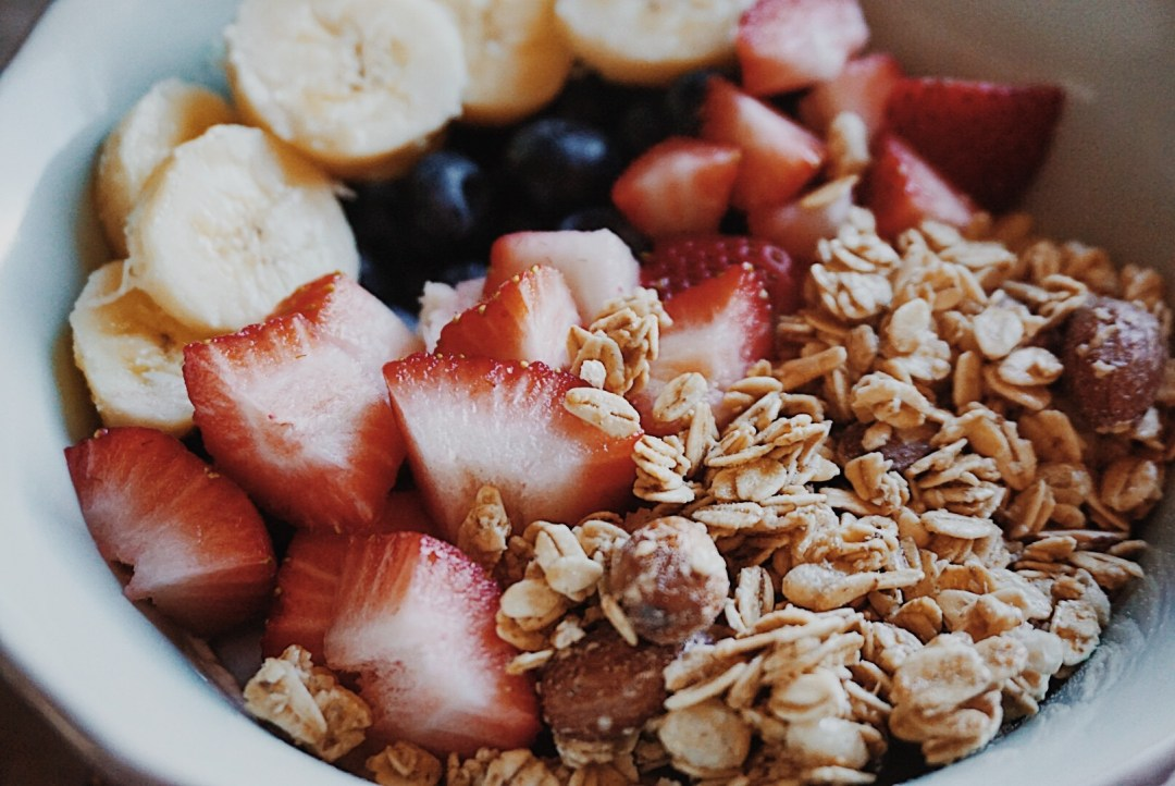 Simple Yogurt Bowl Breakfast