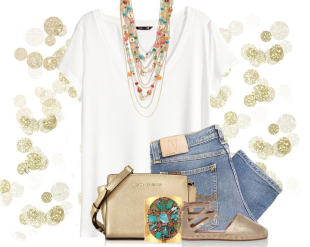 statement-necklace-with-t-shirt