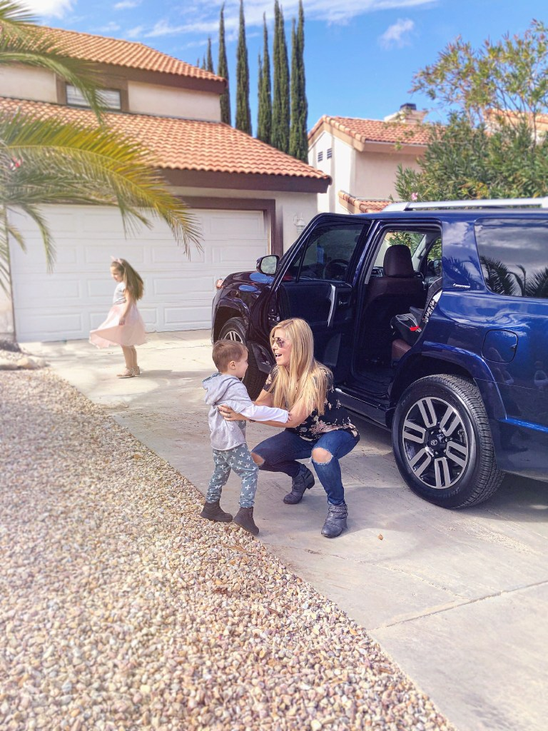 how to plan a road trip with kids without losing your mind