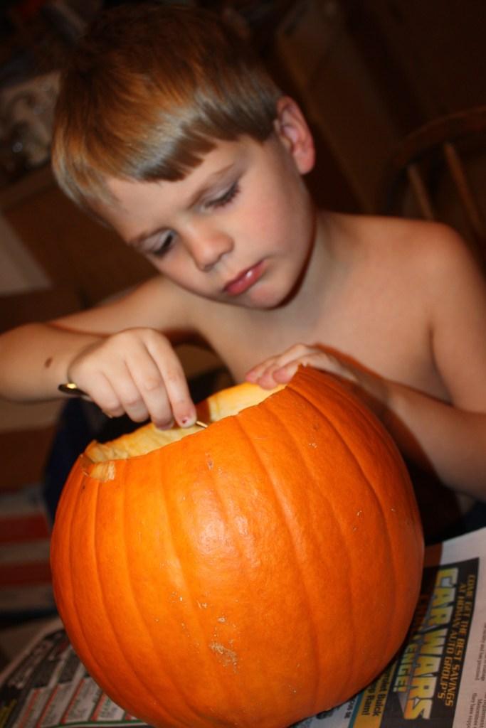 img_0655-pumpkin-scooping