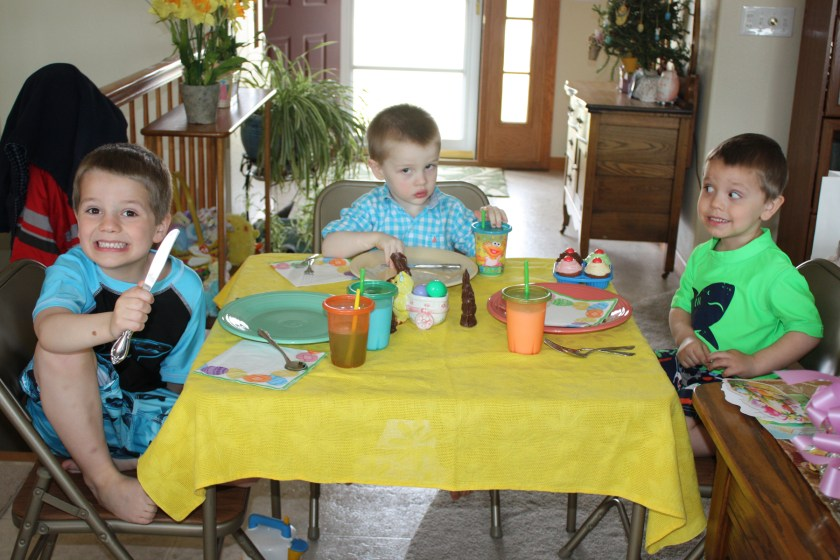img_4382-kids-table