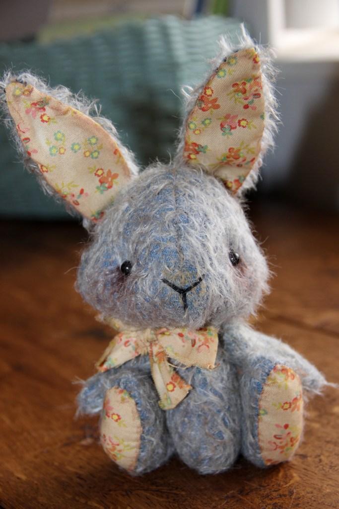 img_9163-blue-bunny