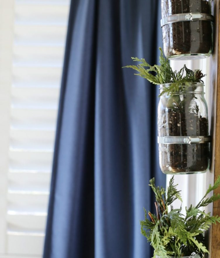 how-to-add-vertical-mason-jars-to-wall