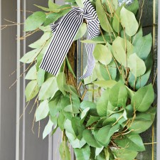 Simple Wreath to Centerpiece Hack