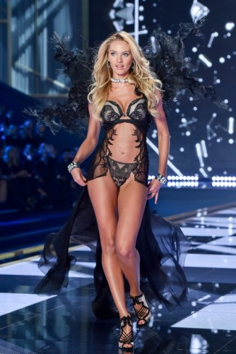 VS fashion show Candice Swanepoel