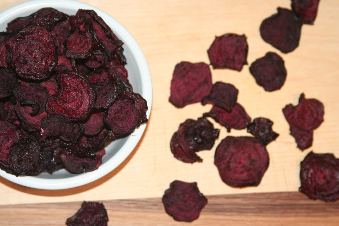 full-of-days_sun_beet-chips_dehydrated_instagram