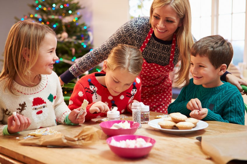 How to Throw a Kid-Friendly Holiday Party 2