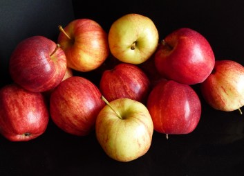 Apples (c) jfhaugen