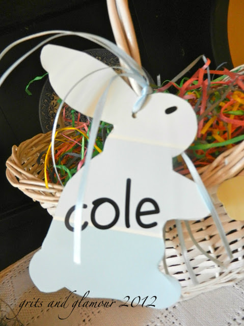 Paint Chip Easter Basket Tag by The Everyday Home #crafts #Eastercrafts #EasterBasket