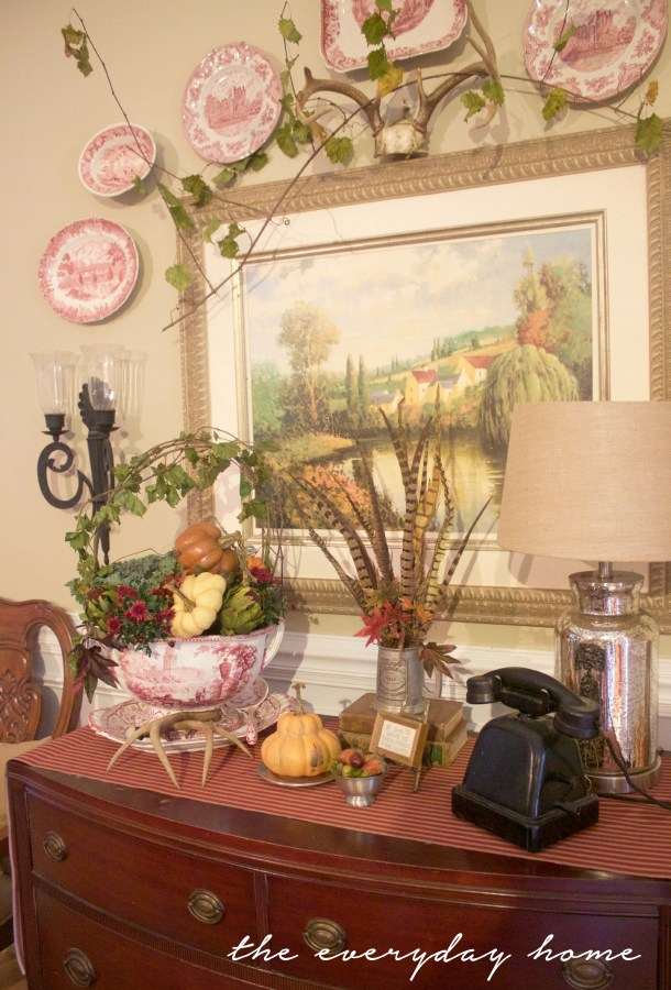 A Formal Sideboard for Fall | A Fall Tour | The Everyday Home | www.everydayhomeblog.com