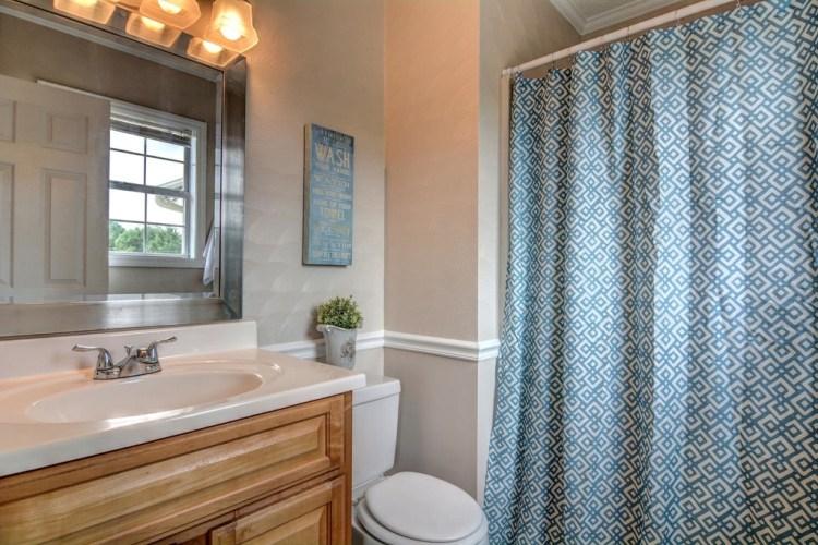 Renovated Property Bathroom After | The Everyday Home | www.everydayhomeblog.com