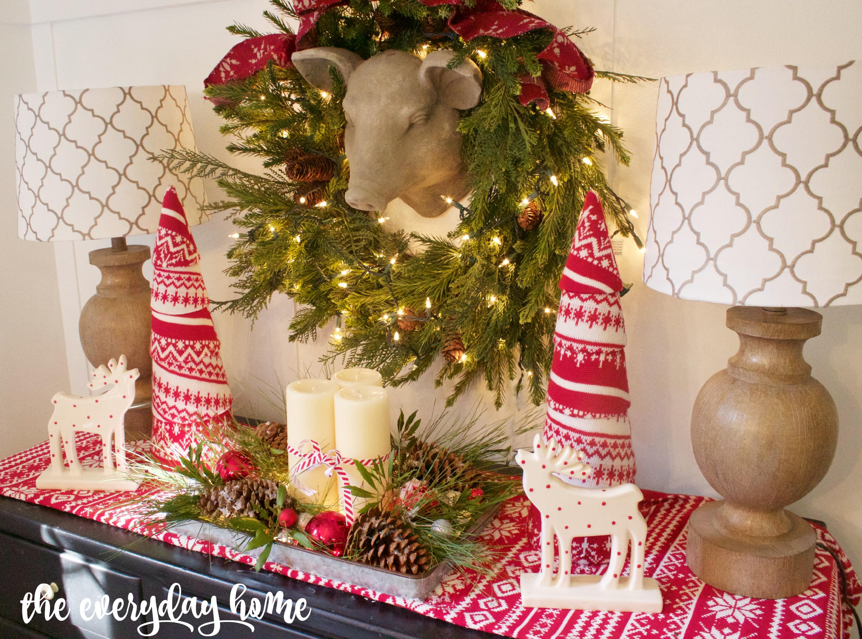Breakfast Room Christmas Vignette   The Everyday Home   www.everydayhomeblog.com
