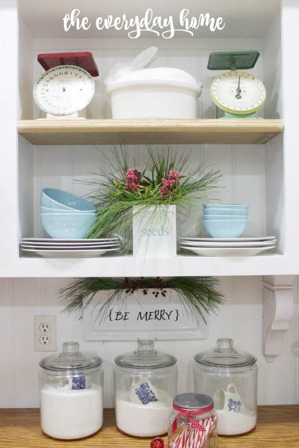 Be Merry Plate | The Everyday Home Blog | www.everydayhomeblog.com