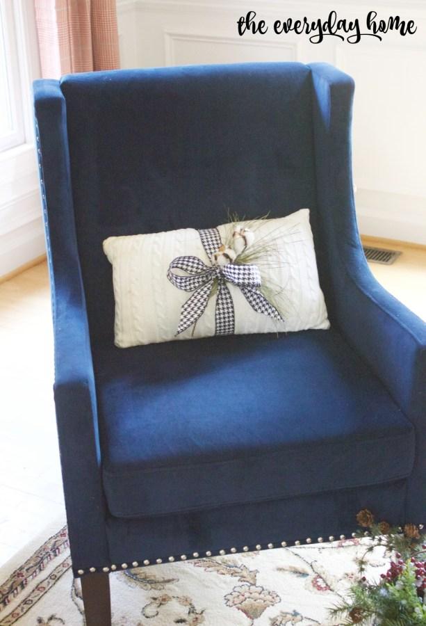 Navy Chair Living Room | The Everyday Home Blog | www.everydayhomeblog.com