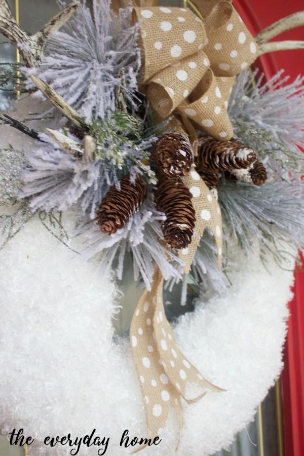 DIY Winter Wreath | The Everyday Home | www.everydayhomeblog.com