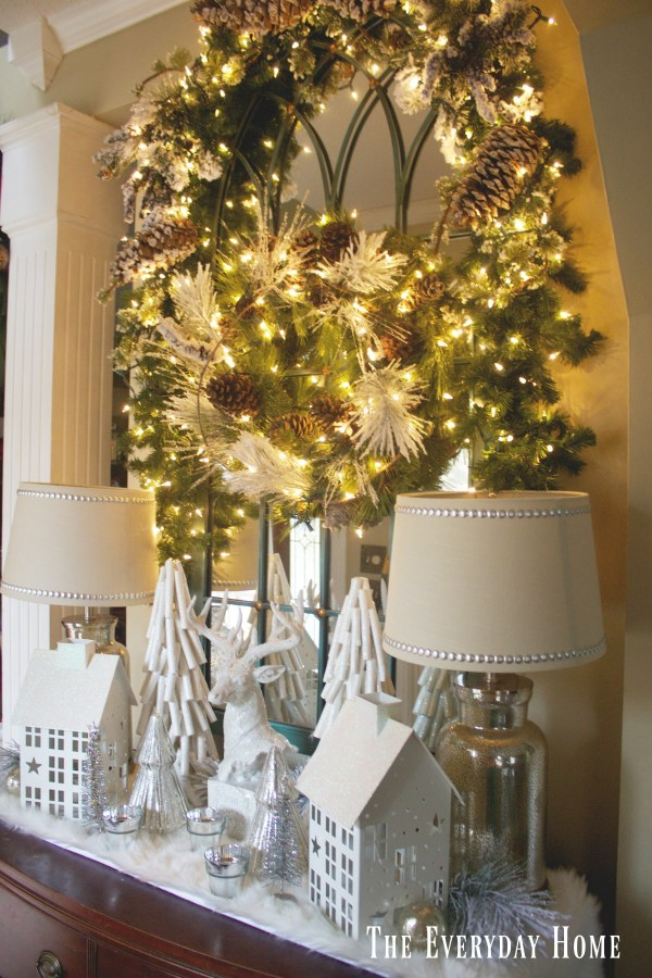 frosty-winter-foyer-mirror-and-wreath