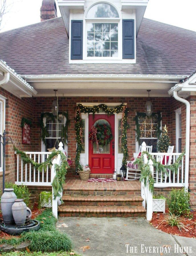 christmas-front-porch-full