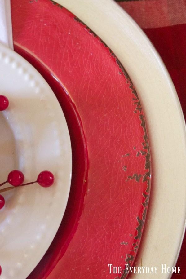festive-tablescape-layered-plates
