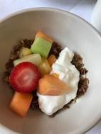 und noch ein bisschen Obst und Joghurt