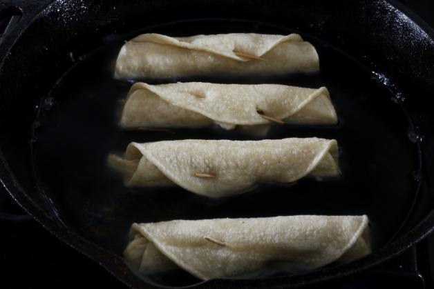 Frying flautas