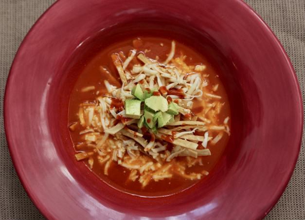 Sopa de Tortilla Azteca (Tortilla Soup)